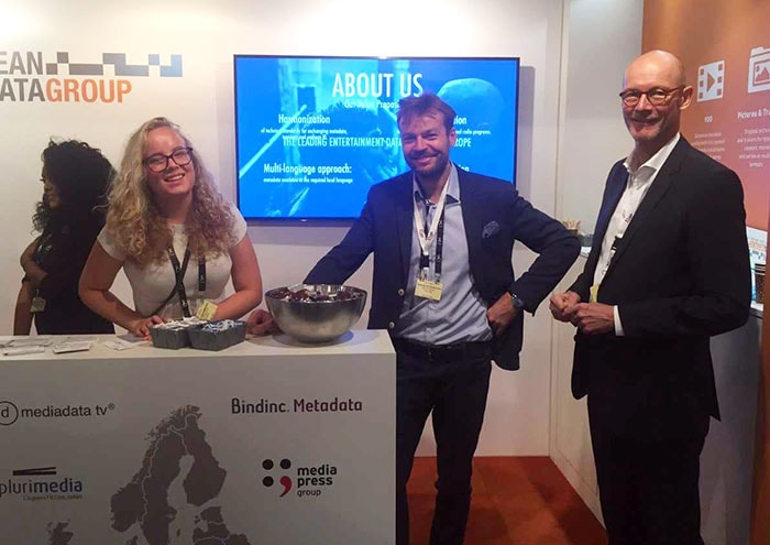 Media-press.tv crew (Sarah Cechnicka, Grzegorz Kanpczyk and Christian Toeepper ) demonstrating TV recommendation service at ibc 2017, Amsterdam.